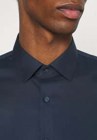 OLYMP No. Six - Formal shirt - marine - 4