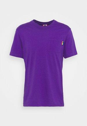 RAINBOW TEE - Print T-shirt - peak purple