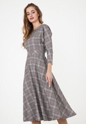 ASUANA - Day dress - grau/ weinrot