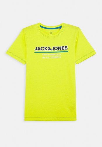 JCOSHADE TEE CREW NECK - Print T-shirt - sulphur spring