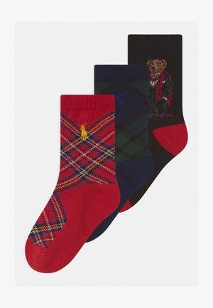TARTAN BEAR CREW 3 PACK - Socks - red/black