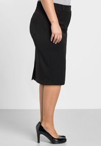 Sheego - Pencil skirt - schwarz - 3