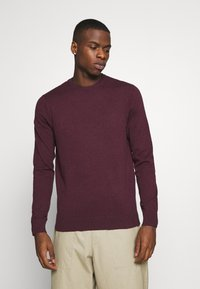 Burton Menswear London - FINE GAUGE CREW  - Maglione - burgundy - 0