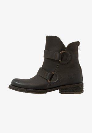 COOPER - Cowboy/biker ankle boot - militar