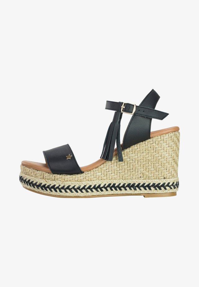 PIETRA  - Sandalen met sleehak - black