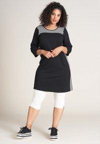 Studio - TINA - Jersey dress - schwarz weiss - 1