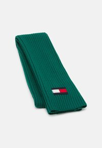 Tommy Hilfiger - BIG FLAG SCARF - Scarf - green - 0