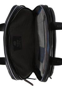 Bugatti - Briefcase - schwarz - 4