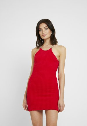 FLUFFY MINI HALTER DRESS WITH CHAIN DETAIL - Kjole - red