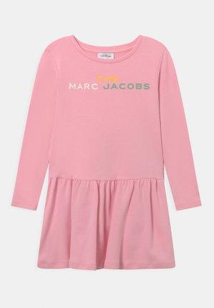 DRESS - Žerzejové šaty - light pink
