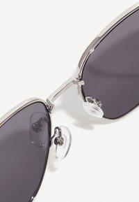 ALDO - BRAUSS - Sunglasses - silver/smoke - 3