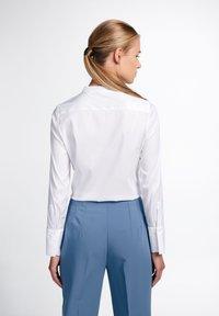 Eterna - LANGARM MODERN CLASSIC - Button-down blouse - weiß - 1