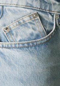 maje - PARIO - Straight leg jeans - bleu ciel - 2