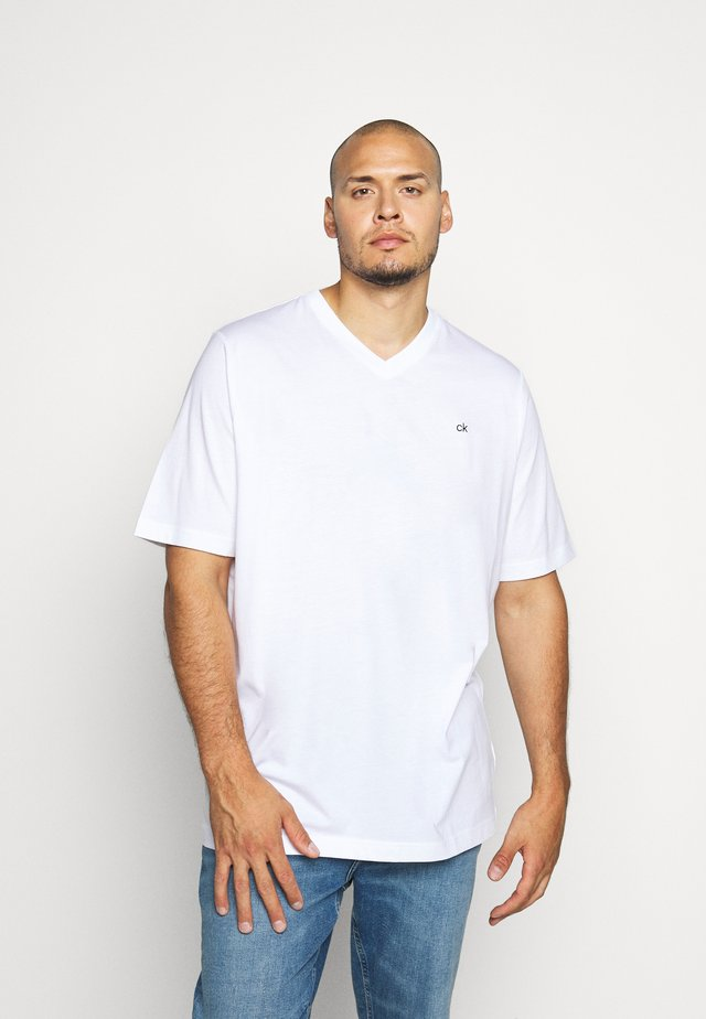 LOGO V NECK - T-shirt basique - white