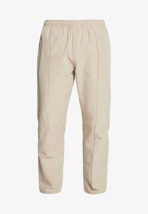 HANSI TRACK PANT - Kalhoty - sand