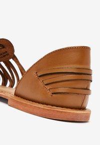 Next - Sandals - brown - 5