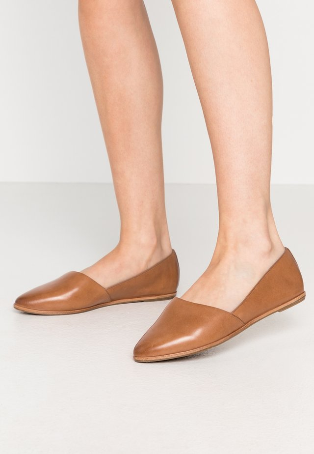 BLANCHETTE - Slip-ons - medium brown