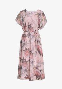 Chi Chi London Curvy - SHANTAL DRESS - Day dress - pink - 3