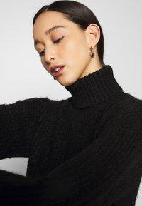 Even&Odd - Strikket kjole - black - 4