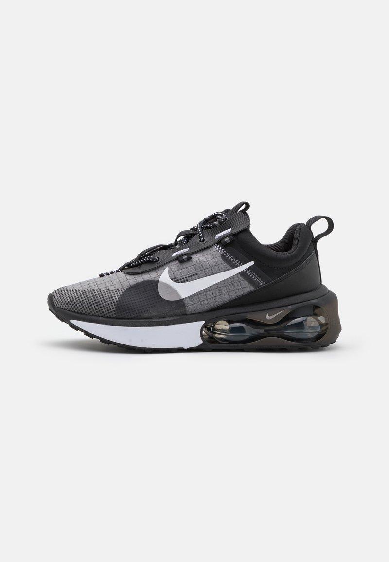 Nike Sportswear - AIR MAX SPHERE - Tenisky - black/white/iron grey