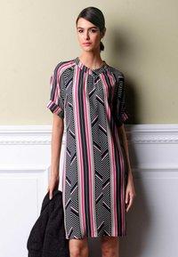 Alba Moda - Day dress - schwarz,pink - 4