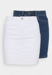 Vero Moda Petite - VMHOT SEVEN SKIRT 2 PACK - Mini skirt - medium blue denim/bright white - 0