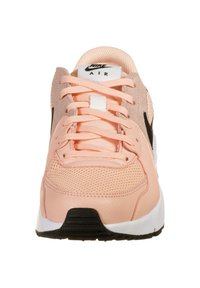 Nike Sportswear - AIR MAX EXCEE - Trainers - washed coral/white/black - 5