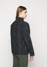 HKT by Hackett - WAXED  - Lehká bunda - dark green - 2