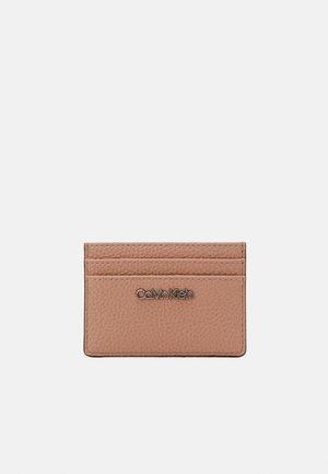 CARDHOLDER - Wallet - pink