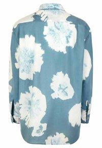 Lieblingsstück - FINOLAL - Button-down blouse - bleu - 2
