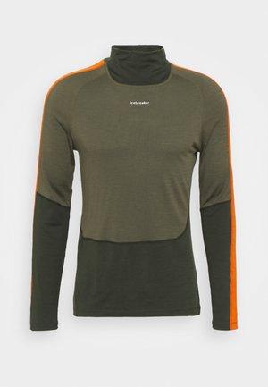 SONEBULA HIGH NECK - Langærmede T-shirts - kale/loden/spice