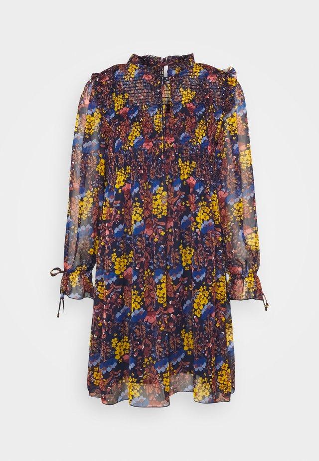 CARMELA - Korte jurk - multi