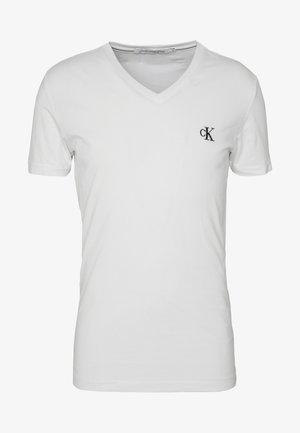 ESSENTIAL V NECK TEE - T-paita - bright white