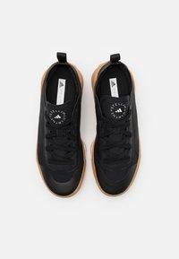 adidas by Stella McCartney - ASMC TREINO - Sportovní boty - core black/offwhite - 3