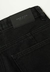 Mango - CULOTTEN - Džíny Straight Fit - black denim - 2