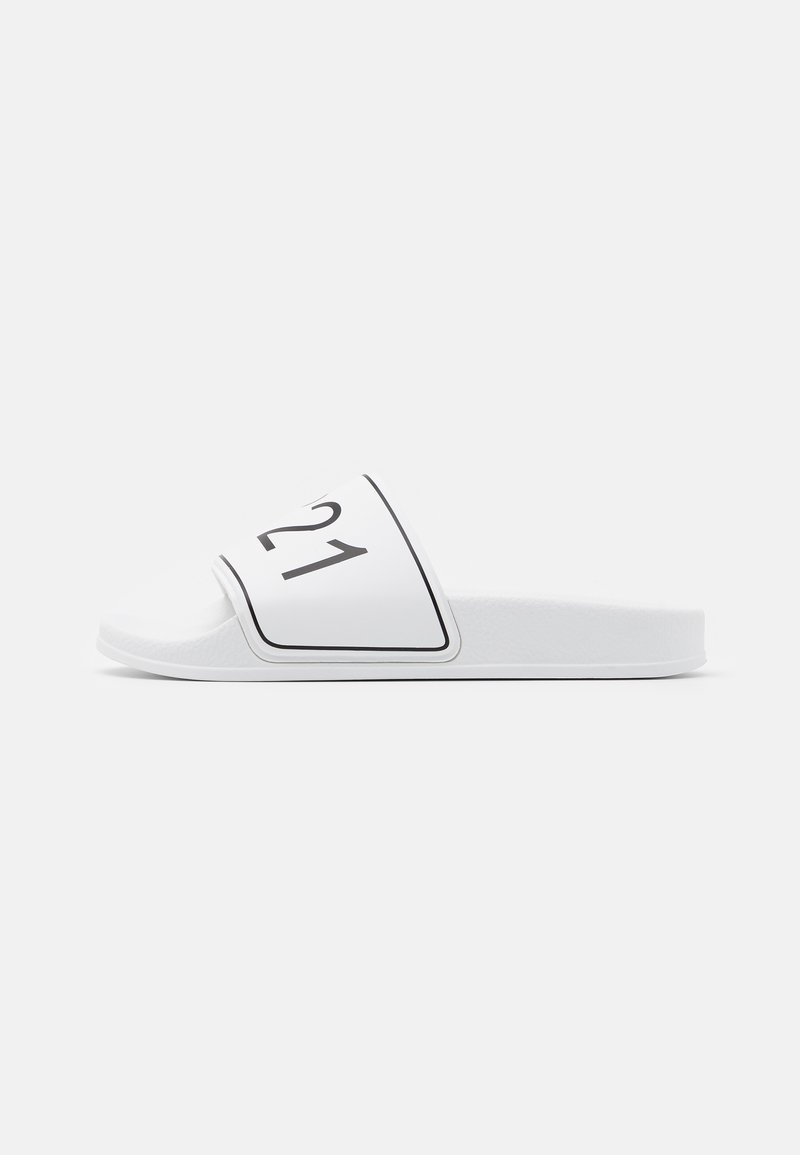 N°21 - Mules - white
