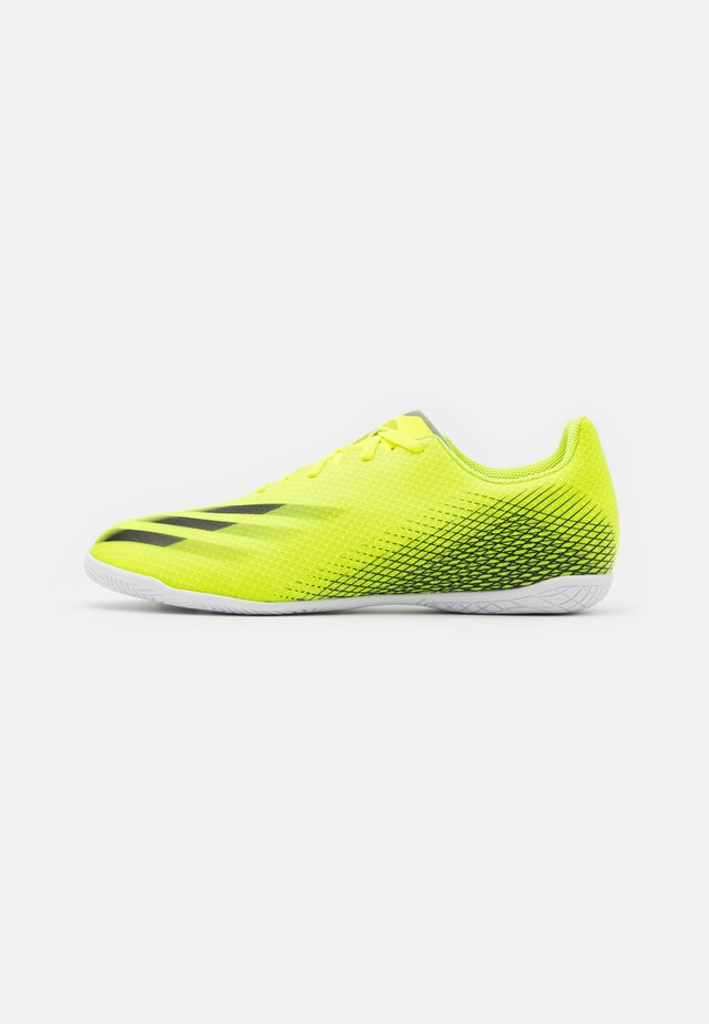 X GHOSTED.4 IN - Chaussures de foot en salle - solar yellow/core black/royal blue