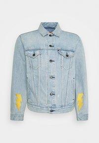 Levi's® - LEVI'S® X POKEMON VINTAGE FIT TRUCKER UNISEX - Denim jacket - light indigo - 0