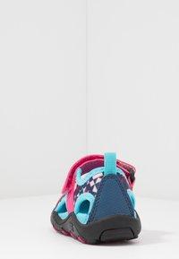 Kamik - CLAIRE - Chodecké sandály - magenta - 4