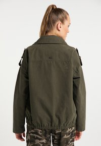 DreiMaster - Light jacket - dunkeloliv - 2