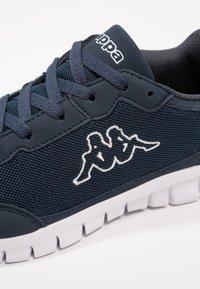 Kappa - ROCKET  - Chaussures d'entraînement et de fitness - navy/white - 5