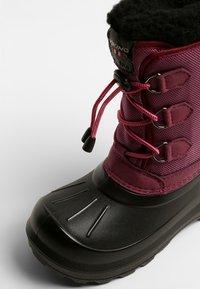 Viking - ISTIND - Zimní obuv - dark pink/black - 2