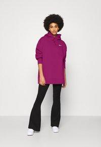 Nike Sportswear - HOODIE TREND - Felpa con cappuccio - cactus flower - 1
