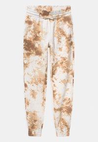 Lindex - TEEN ALICE - Pantalones deportivos - beige - 0