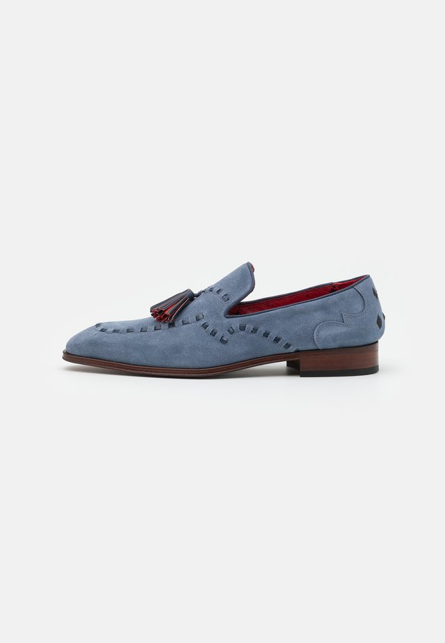 SOPRANO THOVE LOAFER - Loaferit/pistokkaat - jeans