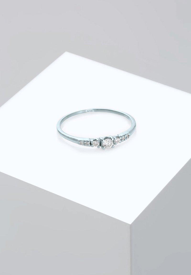 DIAMORE - RING VERLOBUNGSRING DIAMANTEN (0.14 CT) 585 WEISSGOLD - Ring - silver-coloured