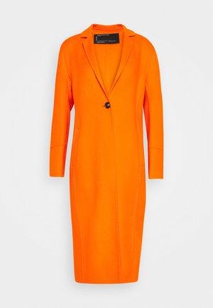 HELSINKI - Zimní kabát - orange