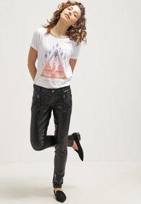 Gestuz - ADA - Leather trousers - black - 1