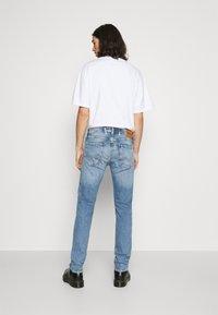 Replay - ANBASS BIO - Jeans slim fit - indigo - 2