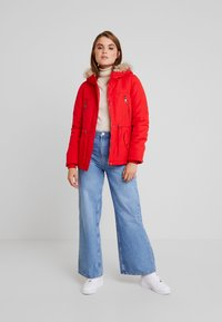 Vero Moda - VMAGNES BREEZE - Parka - chinese red - 1